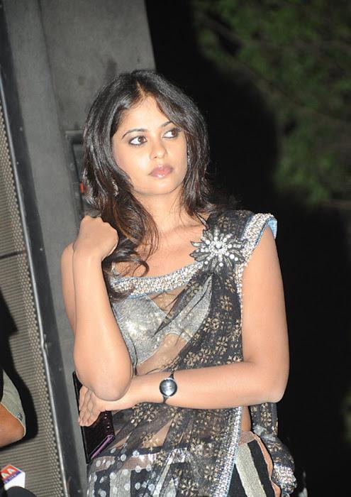 more bindhu madhavi in trasparent saree