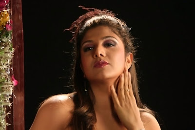 hot rambha latest exposing stills from tamil movie