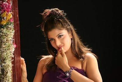 hot rambha latest exposing stills from tamil movie