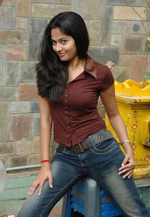 suhasini actress pics