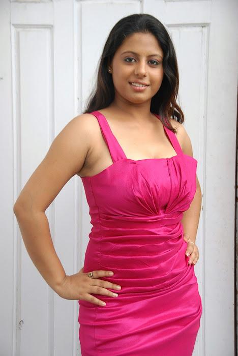 sunakshi exposing shoot