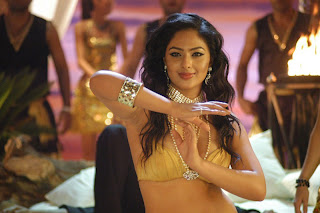 Nikesha Patel Hot