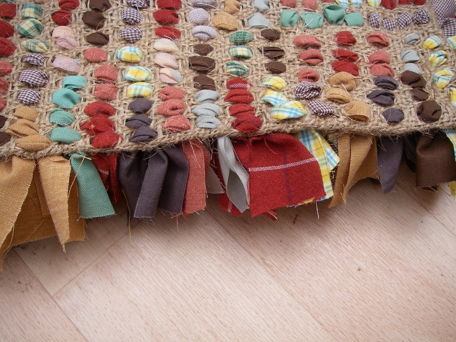 Fabric Rug Making Stitchin The Day Away Rag Rug Tutorial