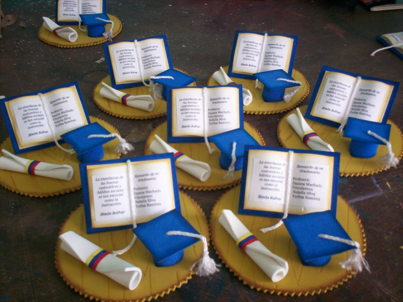 Recuerdos en foami con molde gratis graduación kinder - Imagui