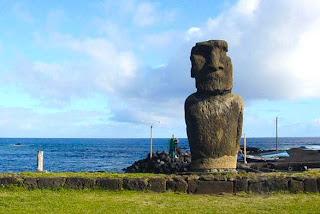 Um moia na Ilha de Páscoa