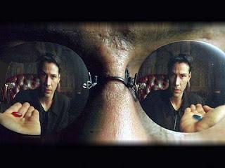 Pílula azul e pílula vermelha no filme Matrix