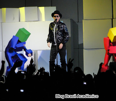 Pet Shop Boys e seu visual pixelado