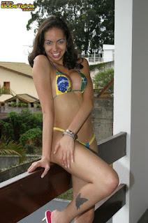 Nicole de Castro