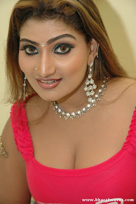 babilona, babilona boob show, babilona hot, babilona latest gallery, babilona pic, boobs auntys photo gallery, hot mallu babilona