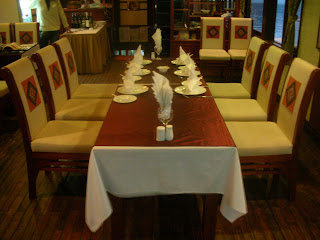 the dining room on the cruise in Halong Bay