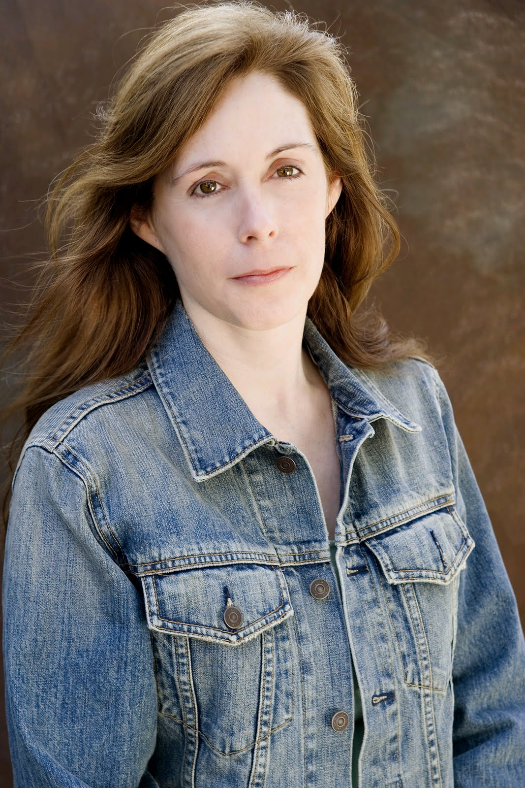 the life and works of laurie halse anderson Laurie halse anderson begins her work on a superstitious note helping readers to imagine vividly the realities of isabel's life.
