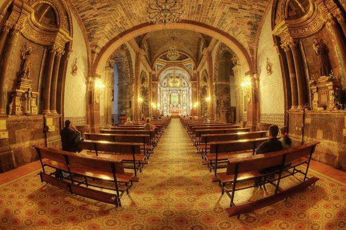 [church.jpg]
