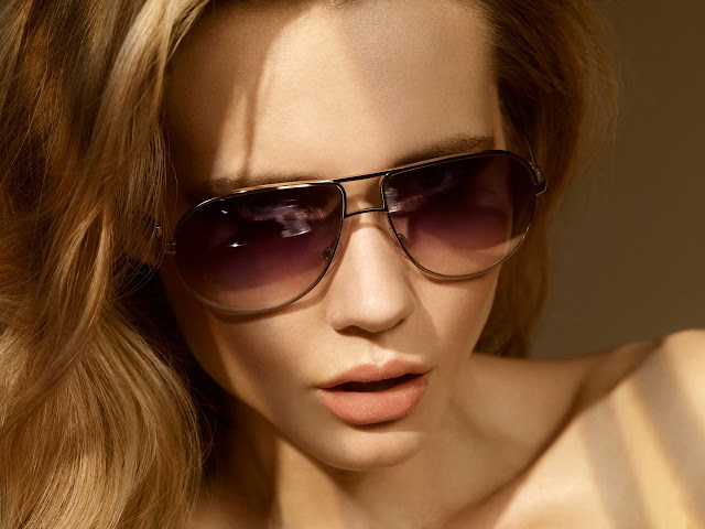 Victoria Beckham sunglasses v-527. In partnership with Cutler and Gross