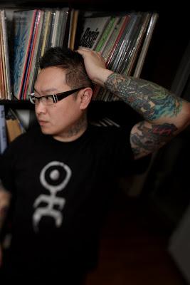 Alain Mikli eyeglasses - click to enlarge. Photo: David Choe