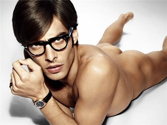 Tom Ford Eyewear advertising 09/10. Model: Jon Kortajarena