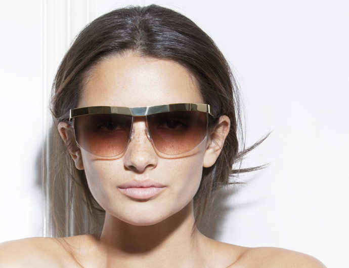 Victoria Beckham Eyewear SS 2011 - VB0074