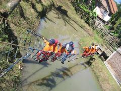 Jembatan goyang