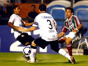 Corinthians e Fluminense pelo campeonato brasileiro