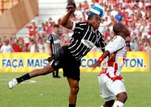 Náutico e Corinthians pelo campeonato brasileiro