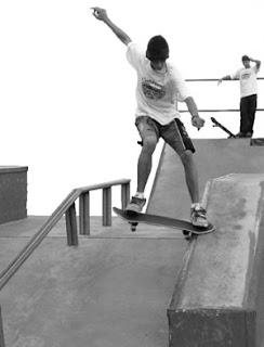 Como fazer manobras de skate
