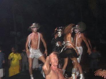 Palco Beach party balé em açao