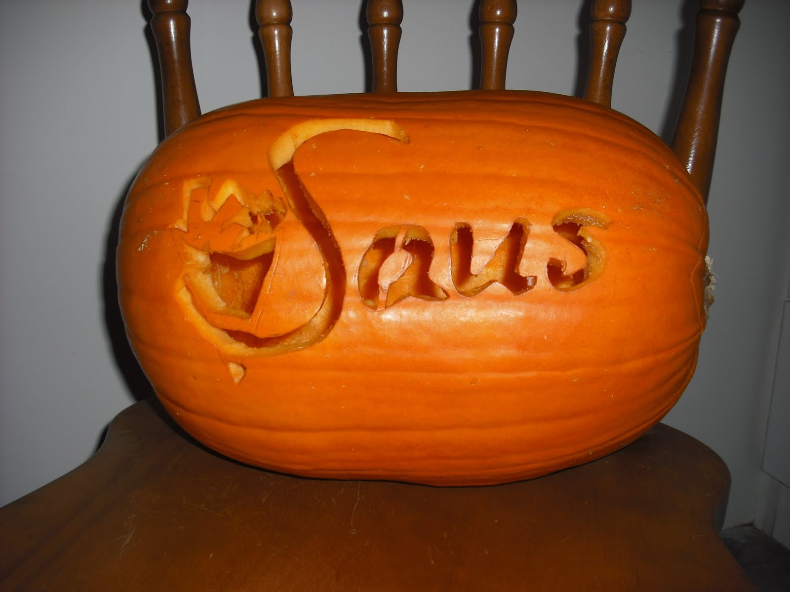 Saus beer and carving Pumpkin carving beer