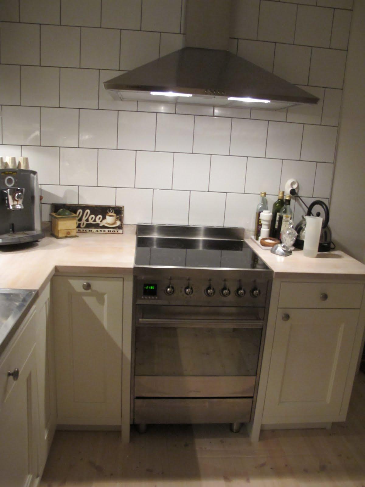 Lundins Kok I Hestra : Porslinet forvaras for tillfollet i det hor lilla skopet i