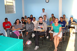 Essa é a turma de alunos do (CFO) 2009 da Igreja Batista Pentecostal Vale das Bençãos do (Goiabal).