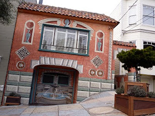 Gaudy House | The Ugliest Houses in San Francisco | Crappy Candle