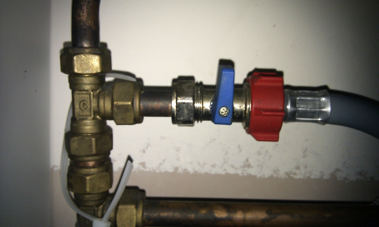 Random Tech Stuff 2010 Sink Faucet Water Supply Shutoff Valve Diagram Aaa Service Plumbing Same Applies To The Grey Outlet Hose This May Have A Foul Oder So Be Prepared