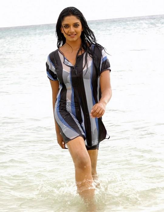tamil actress wallpaper. tamil actress wallpapers.