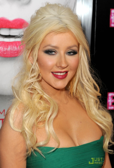 christina aguilera 2011 weight gain. +aguilera+weight+gain+2011
