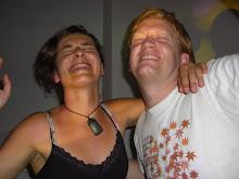 Avec Doug le coloc...débile danse! On aime ça!