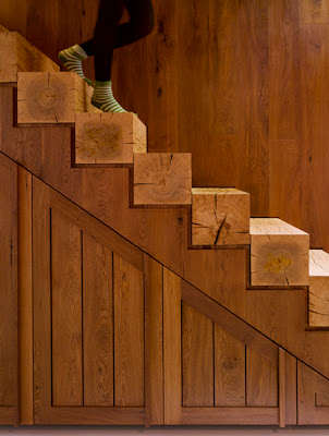 scari din lemn masiv