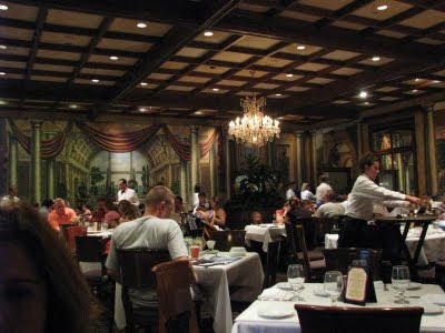 Top 10 disney dining plan restaurants disney world blog for Tutete italia