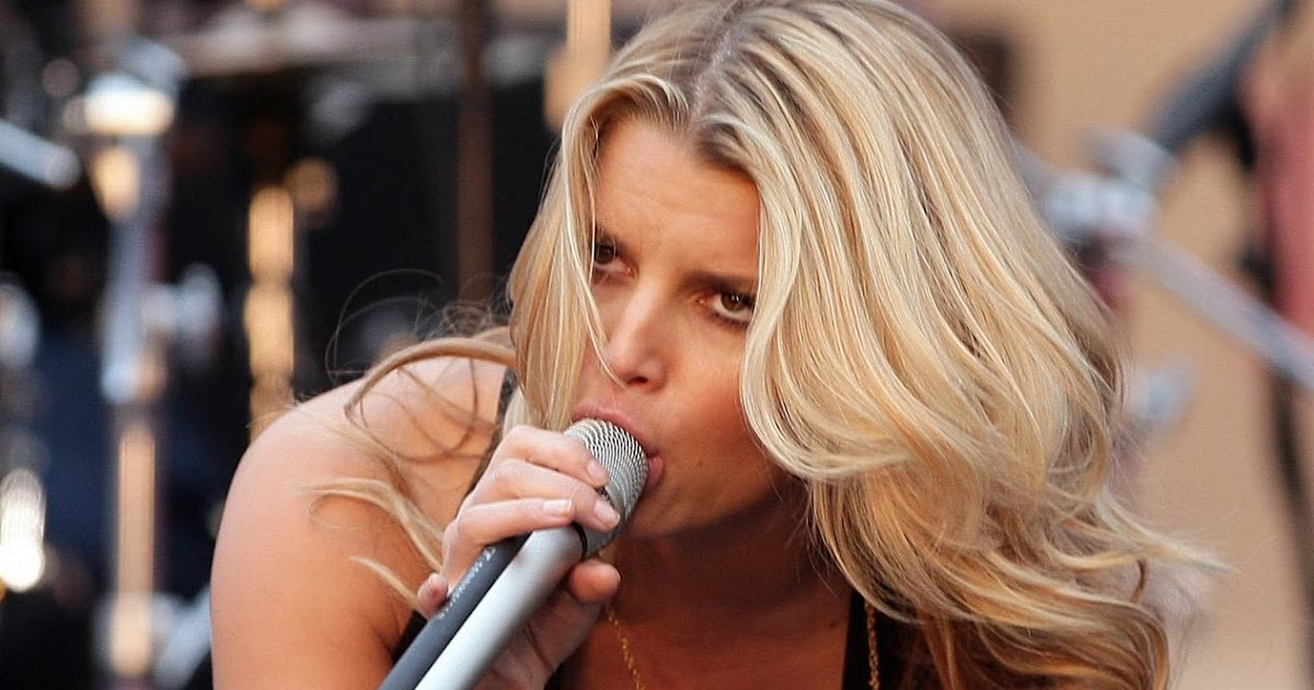 breast milk squirt jessica simpson