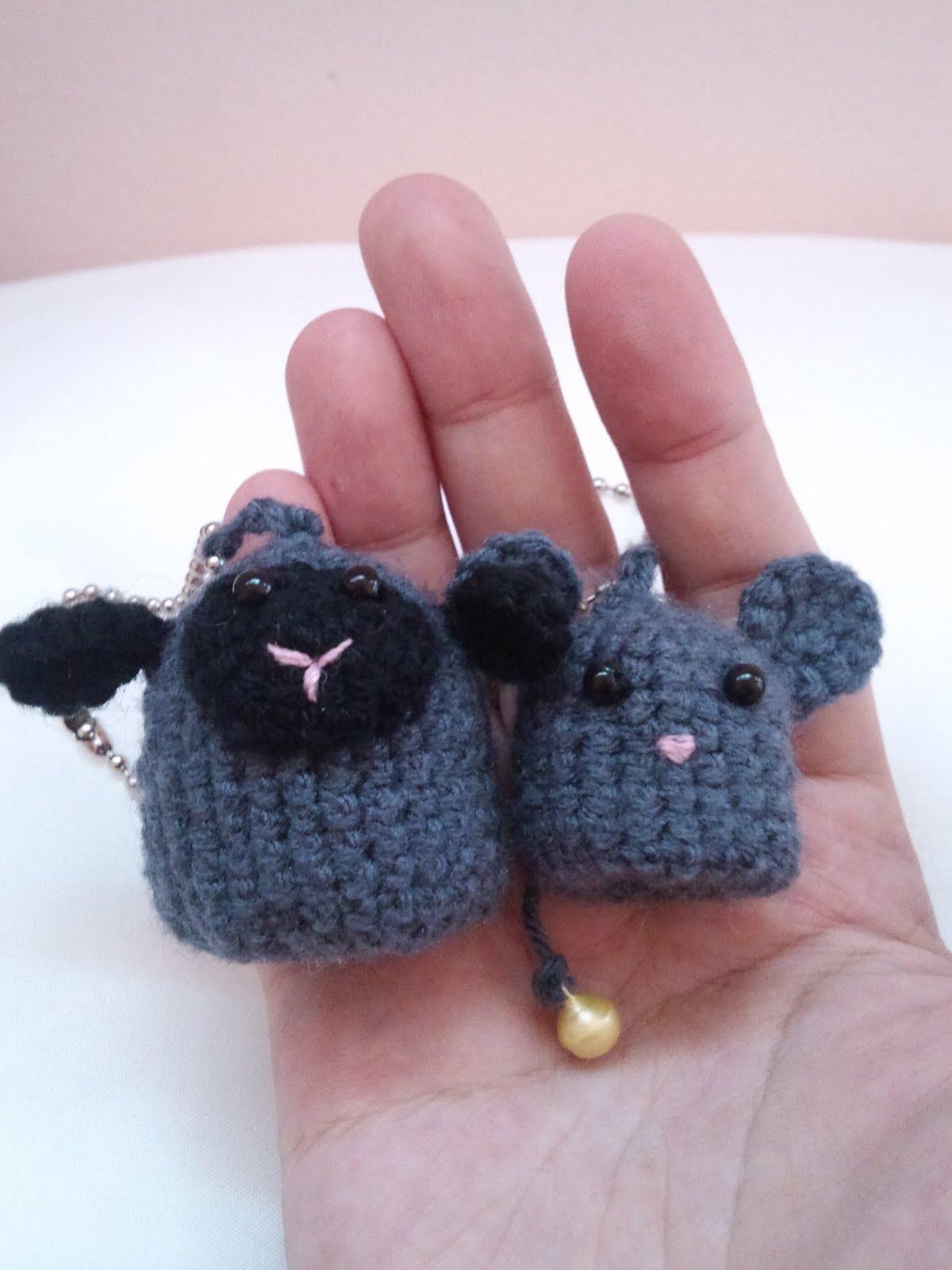 Amigurumi Koala Keychain : AhMigurumi...: My latest Obsession: Amigurumi