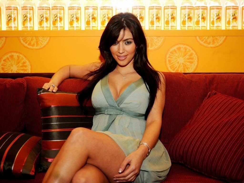 Kim Kardasian Sexy 101