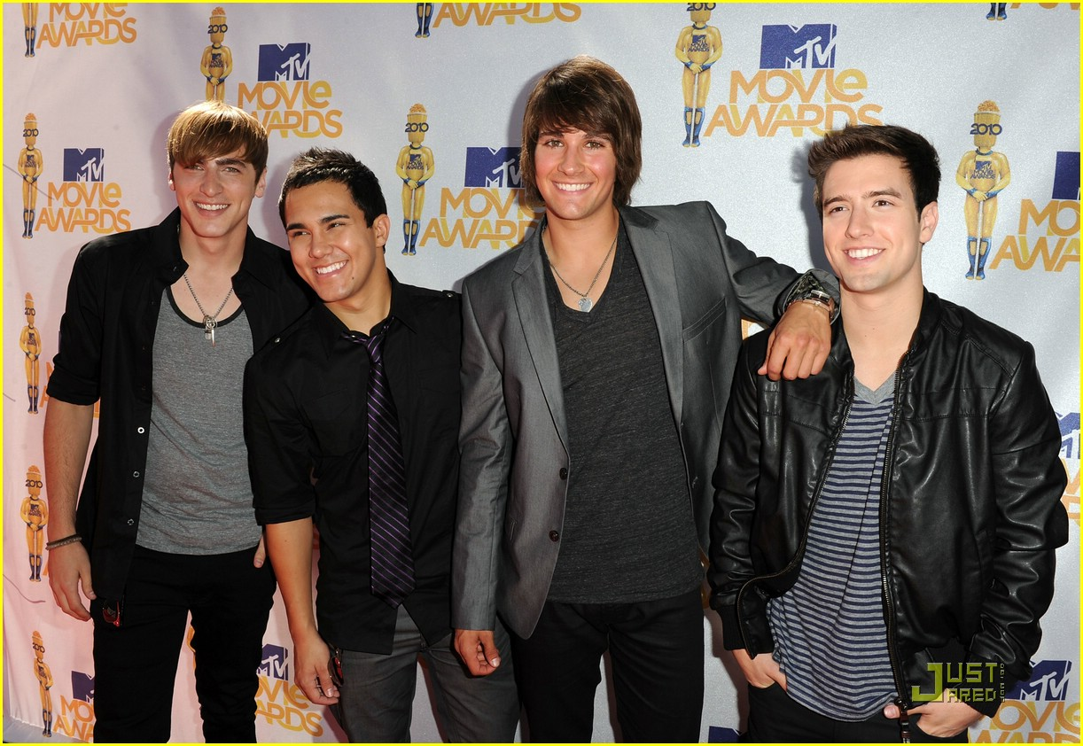 http://3.bp.blogspot.com/_c_Q6HN6JnX0/THa3URuZxwI/AAAAAAAAAEc/kHhC4mx8x68/s1600/big-time-rush-mtv-awards-03.jpg