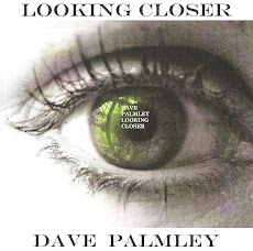"CD ""LOOKING CLOSER"""