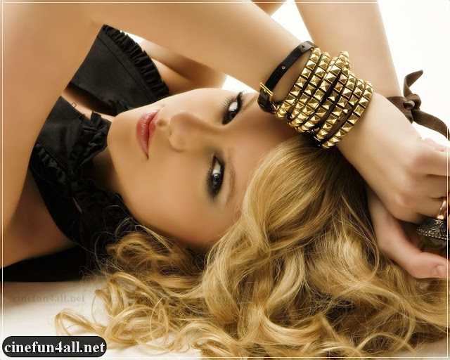 taylor swift wallpaper 2011. Free PSP Taylor Swift Love