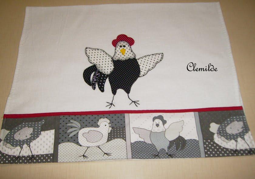 Minha coleção de galinhas tem chance de aumentar com este tecido