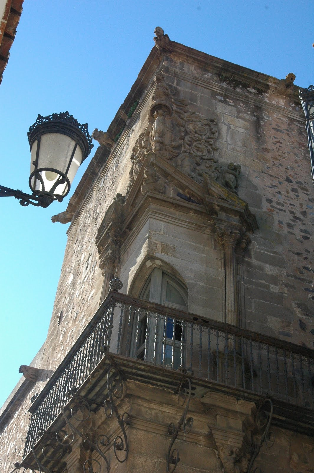 Burguillos viajero 83 c ceres iii capital 24 de for Muebles en caceres capital