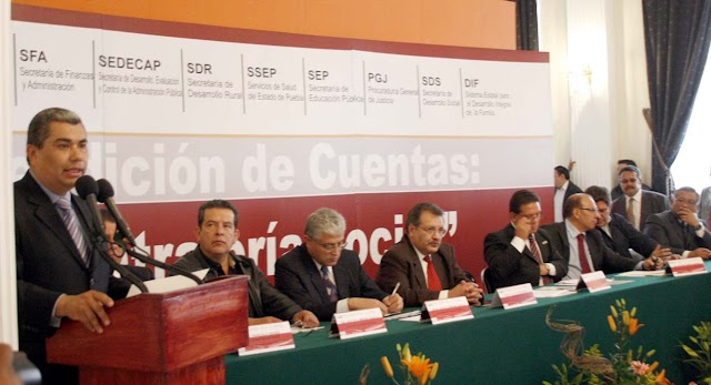 Trabajar con honestidad y transparencia por el progreso de Puebla