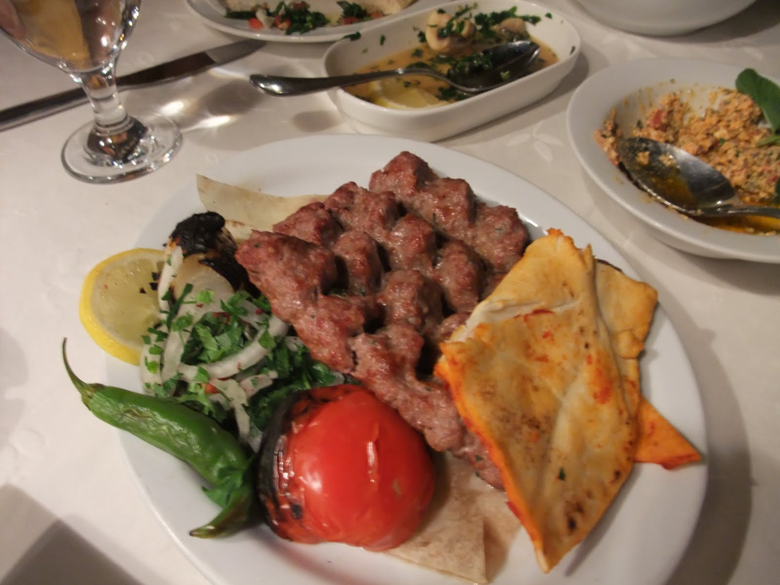 Eating My Way Across The World: Fakhr El Din, Amman, Jordan