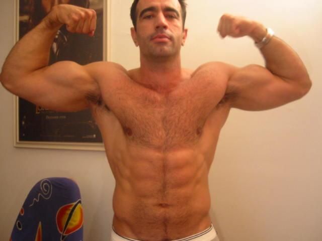 http://3.bp.blogspot.com/_ceGetlA0xkE/Swpv_8hrLCI/AAAAAAAACFc/WEZ1v_So6BQ/s1600/BearPits+-+Friday%27s+Gun+Show-116.jpg