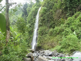 Air Terjun Santi