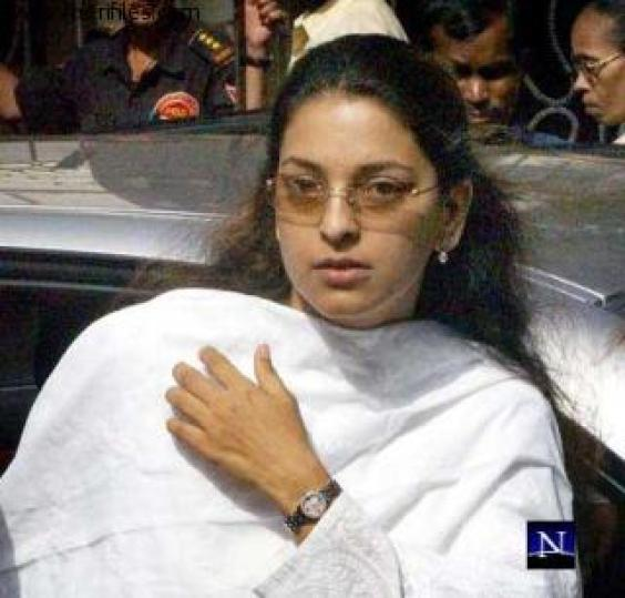 without makeup tamil actress. Juhi Chawla Without and With