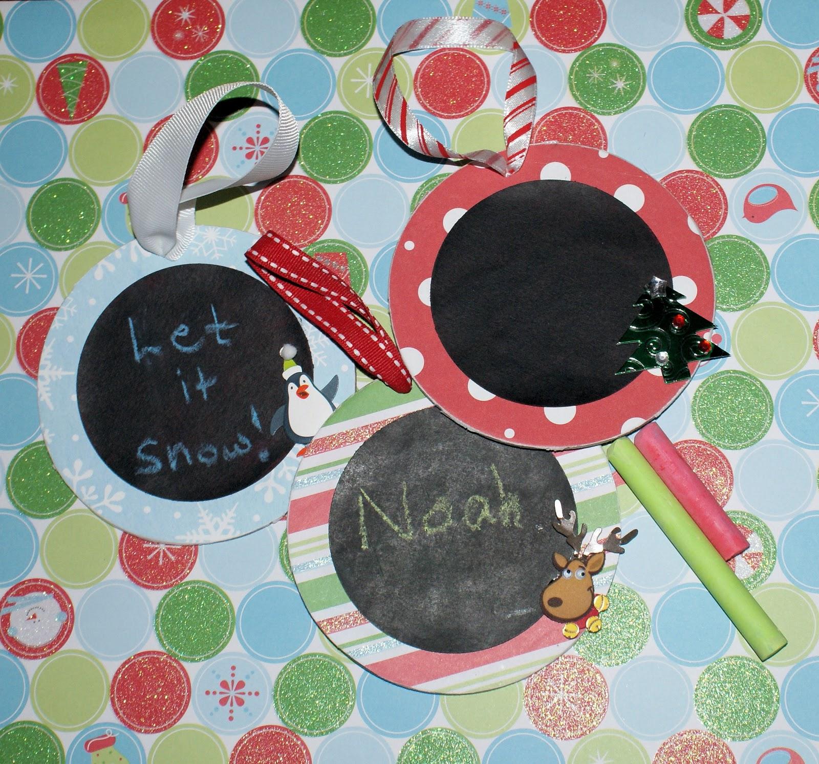 http://3.bp.blogspot.com/_chSWwsAhn0o/TOMYKS0VwxI/AAAAAAAACuQ/tiNnieFcP1k/s1600/chalkboard+ornie+trio.jpg