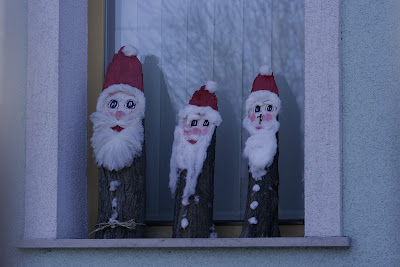 pilisvorosvar-daily-photo-santas